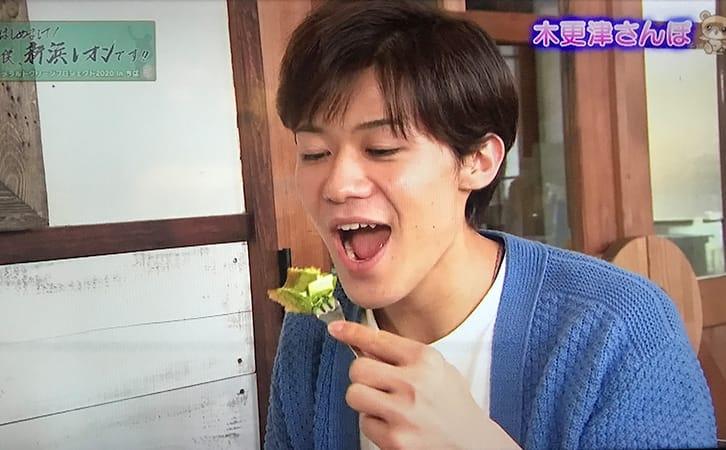 2020年12月14日(月)チバテレビ 「はじめまして!僕、新浜レオンです!!」でせんねんの木が紹介されました。